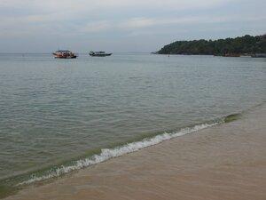 Пляж Сиануквиля в другую сторону
