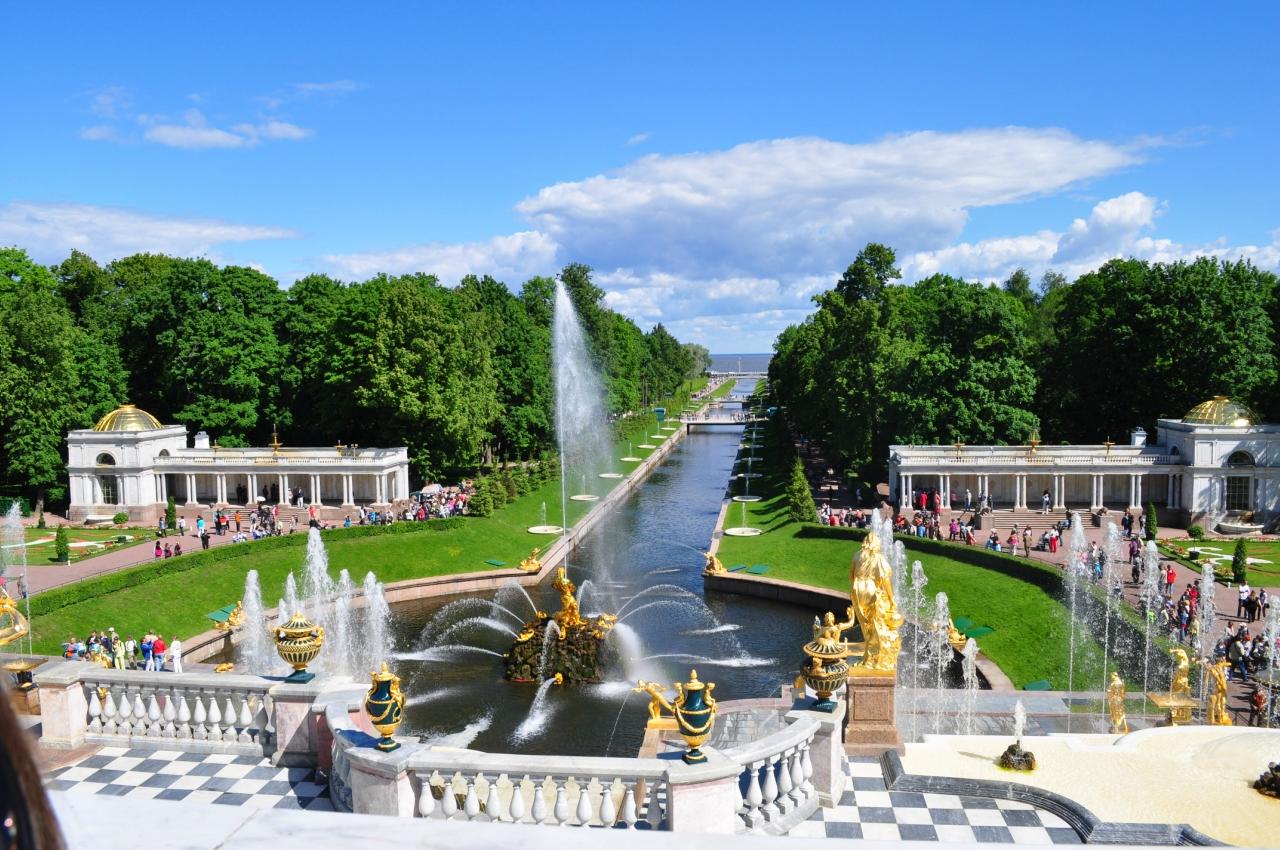 Десятка российских городов: где этой весной отдыхают туристы