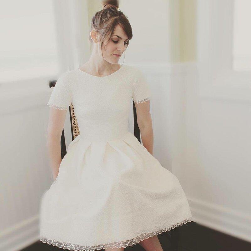 короткое-свадебное-платье-фото12.jpg