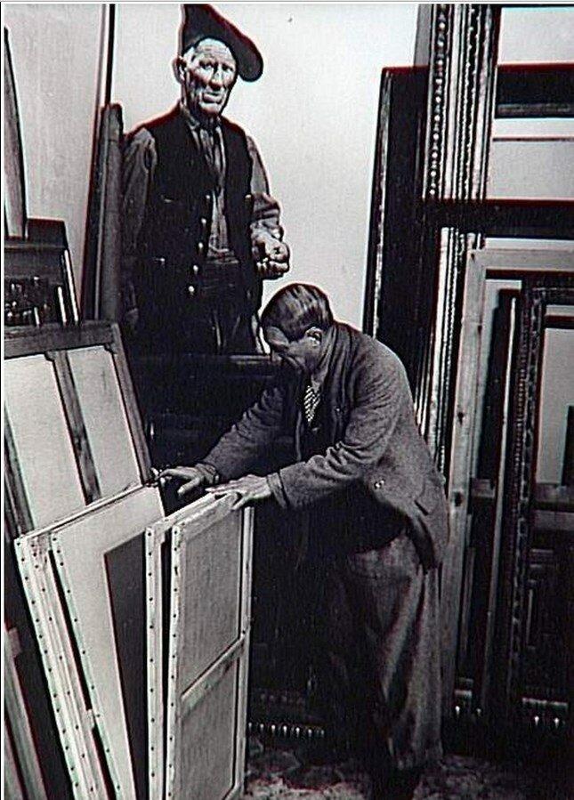 1939. Пикассо в мастерской на улице Великих Августинцев