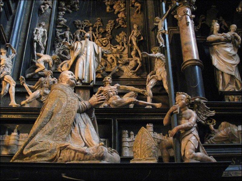 Гробница епископа Фюрстенберга. Фрагмент