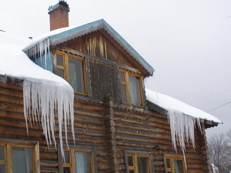 Зима-весна,с.Остров,сосульки.
