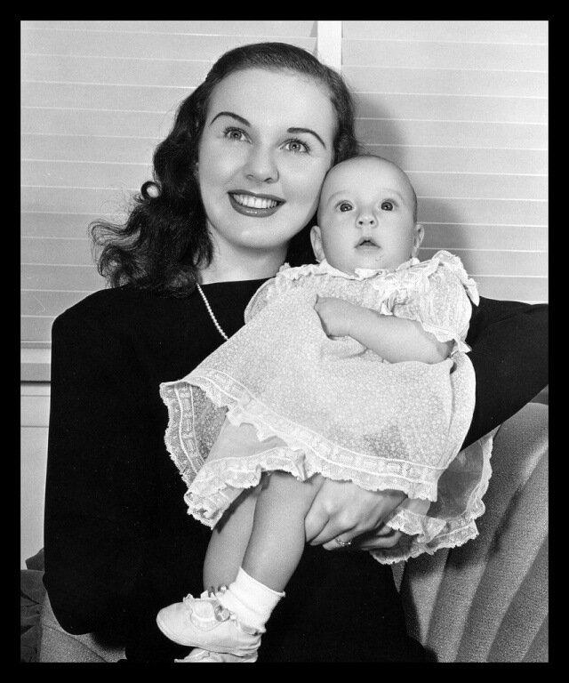 Deanna Durbin & Felix Jackson had one child. Jessica Louise was born on the 7th of February, 1946