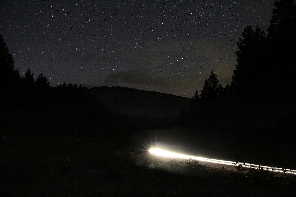 Астрофото, гора Копанец под звёздным небом