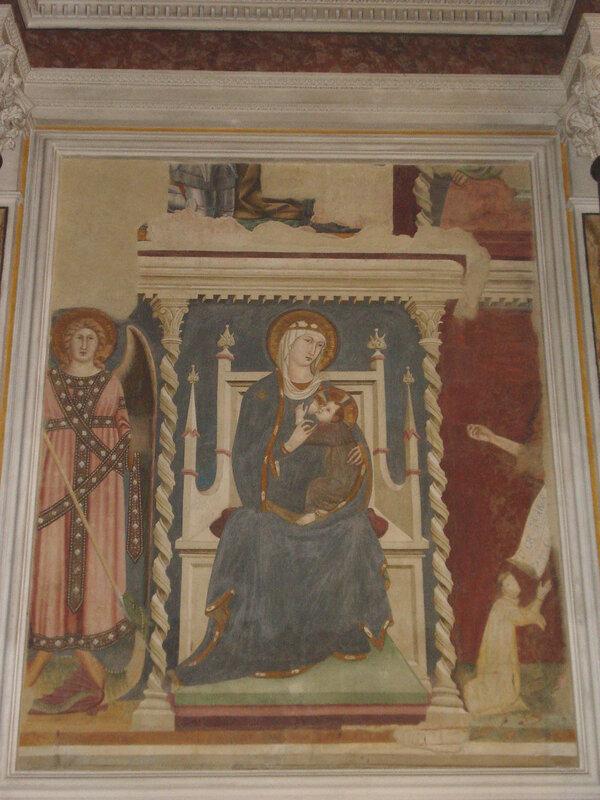 023-Богородица с предстоящими архангелом Михаилом и Иоанном Крестителем (Липпо Мемми).jpg