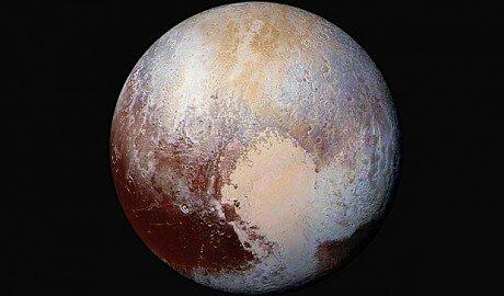 В NASA опубликовали снимки Плутона в высоком разрешении