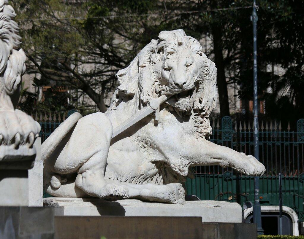 Неаполь. Площадь Мартири (Piazza dei Martiri)