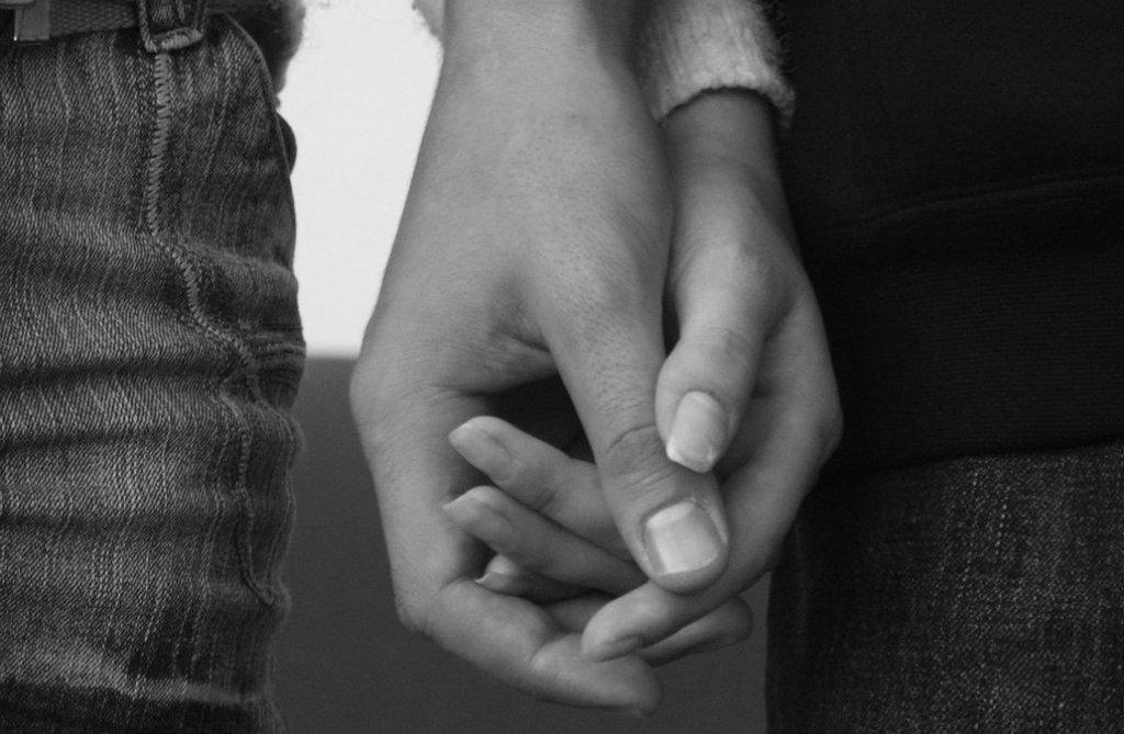 любовь проявление чувств