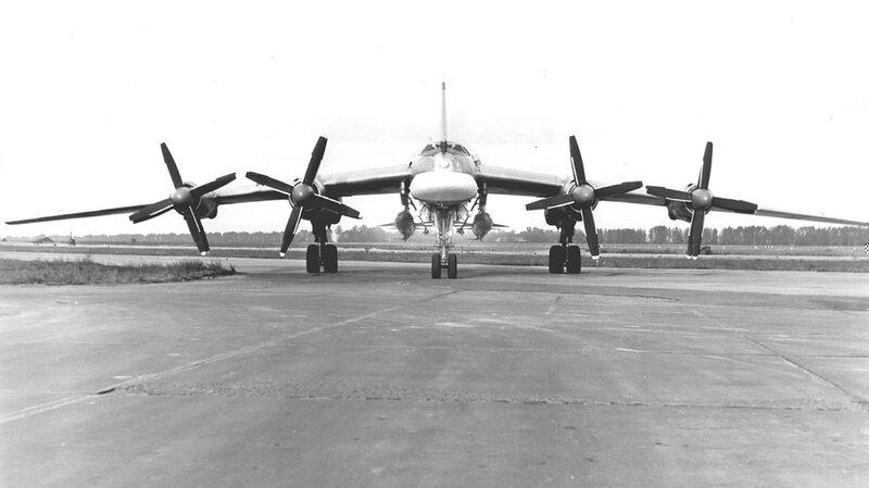 Tu-95K-22_03.jpg