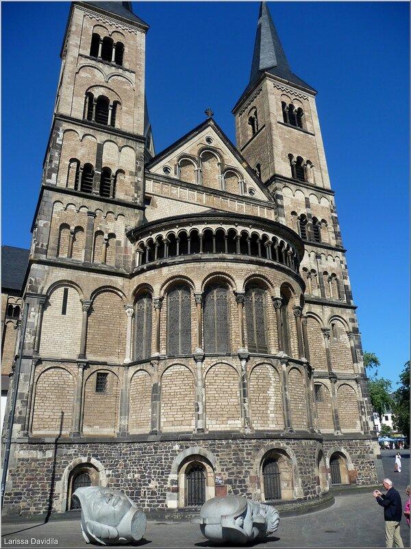 Боннский кафедральный собор и виды Германии