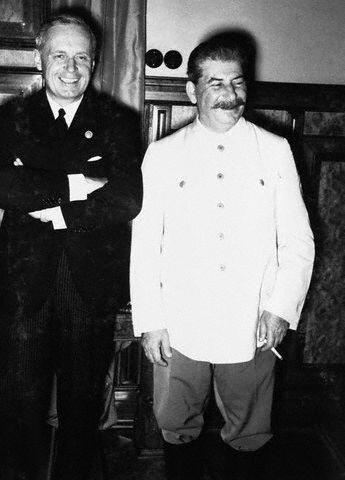 Сталин и Риббентроп, август 1939