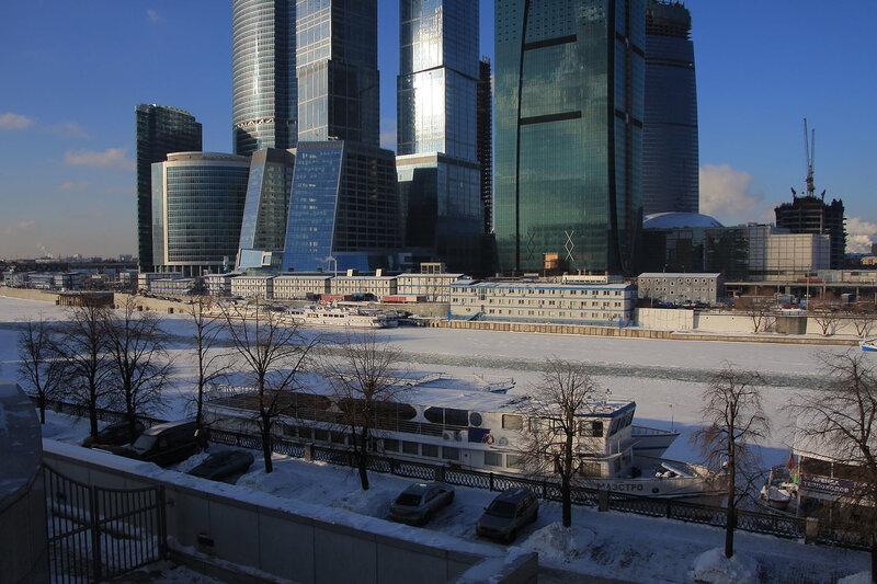 http://img-fotki.yandex.ru/get/4010/night-city-dream.0/0_1c727_dcf95e84_XL.jpg