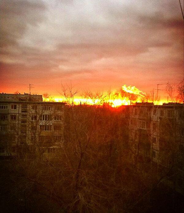 Багряный закат, похожий на пожар