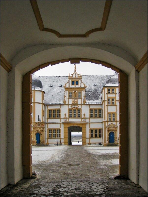 Замок Нойхауз