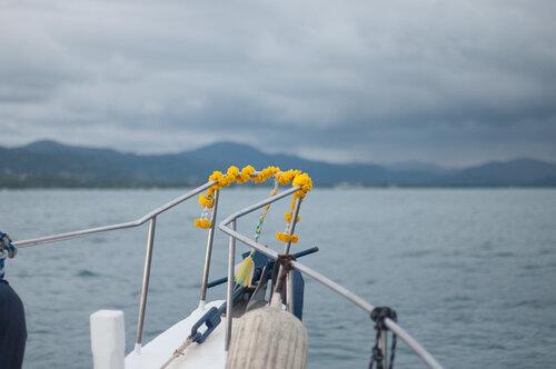 дождь над яхтенной стоянкой
