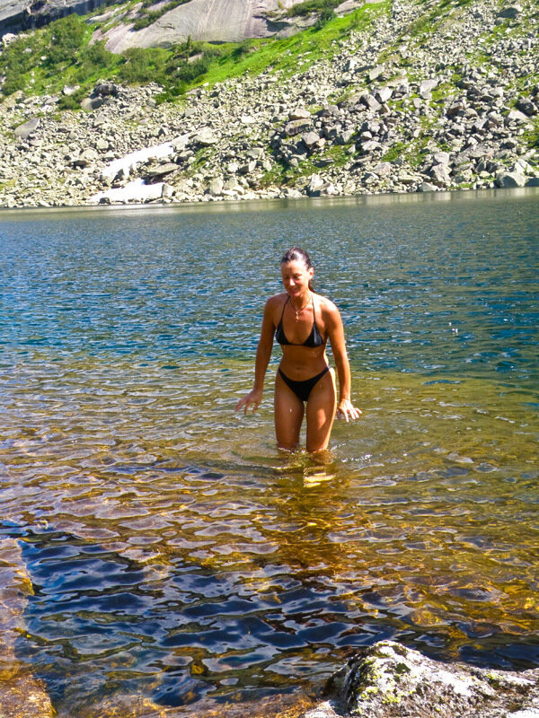 Купание в озере Горных Духов