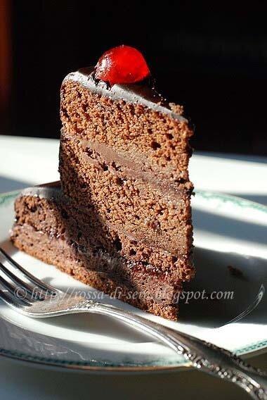Rossa di sera torta di cioccolato a due piani per il mio for Piccole planimetrie a 2 piani
