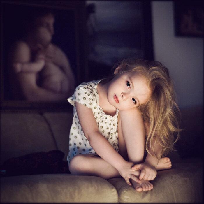 история одной девочки в фотографиях.автор  Styush