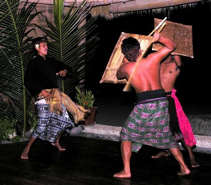 Сасакский бой на палках (Ломбок)