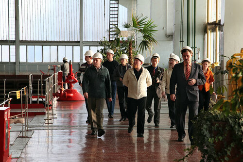 Блоггеры идут. Фото Вадима Балакина
