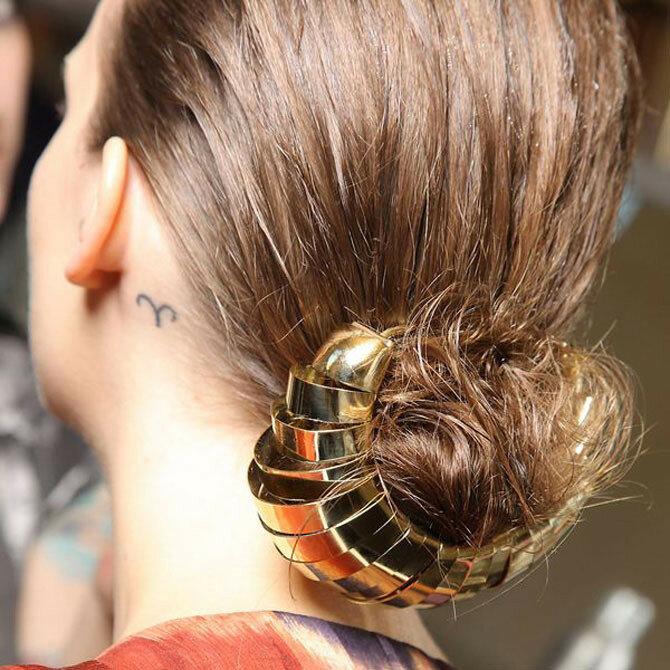 Безупречный вид: 20 причёсок и хитростей, которые помогут пережить лето