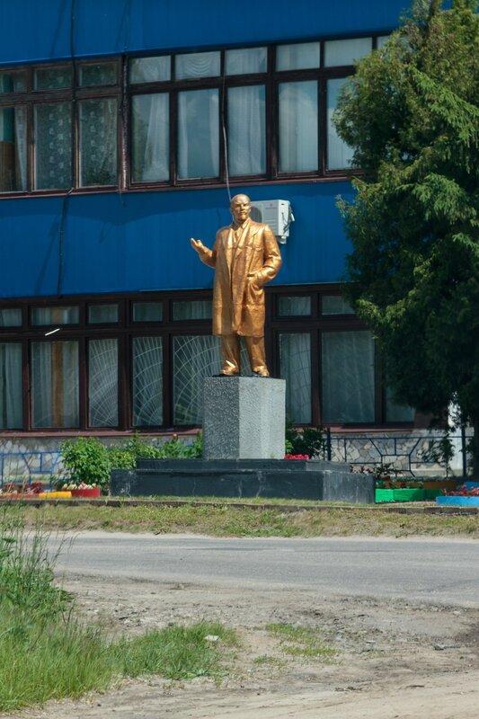 Памятник Ленину в Чкаловске