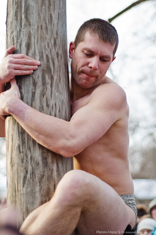 Фото голих мужиков в бассейне 15 фотография