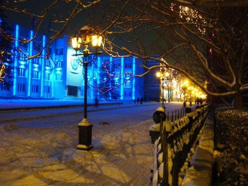 Астрахань,Новый Год-2009, ул.Советская, административное здание
