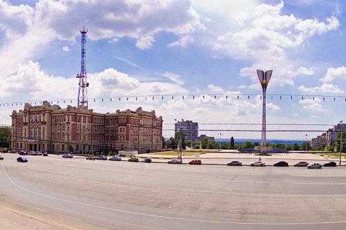 6 мая 2013.  Схема движения транспорта в Ростове изменится из-за репетиции парада.  Автобусы перестанут ездить по...