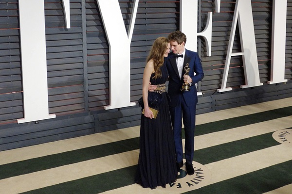 Vanity Fair. Наряды знаменитостей на вечеринке «Оскар 2015»