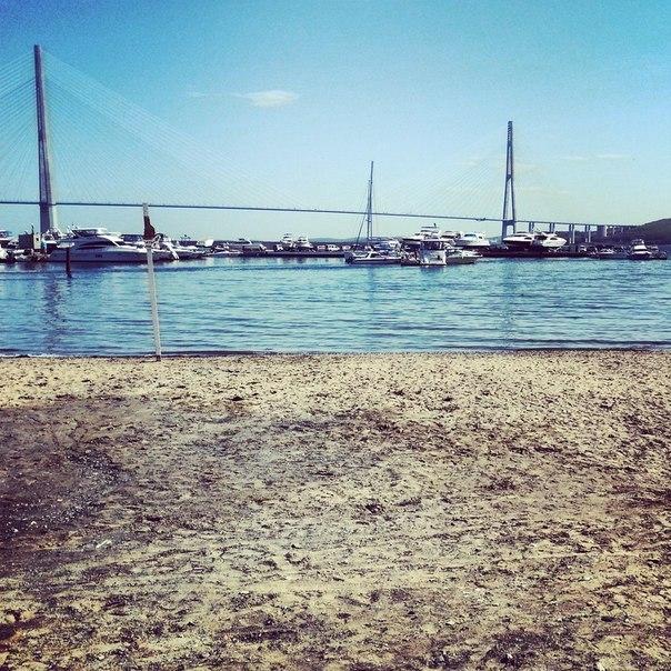 море берег пляж вода синий голубой яхты отпуск отдых