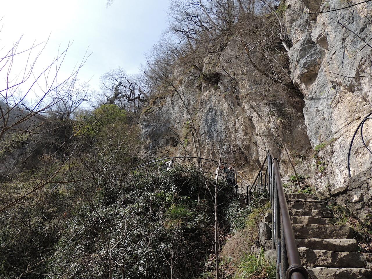 Абхазия Новый Афон Парк Келья грот святого Апостола Симона Кананита 14 марта 2015 г., 16-57.JPG