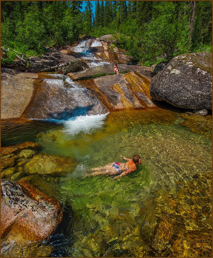 Плавать в чистой воде