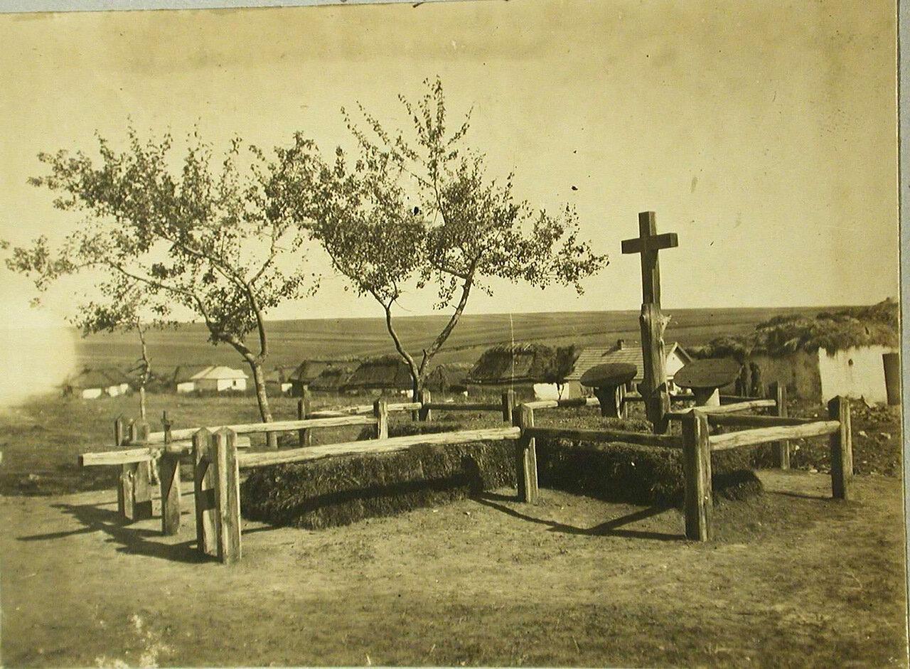 22. Общий вид первого братского кладбища. Галиция, с.Жуковцы