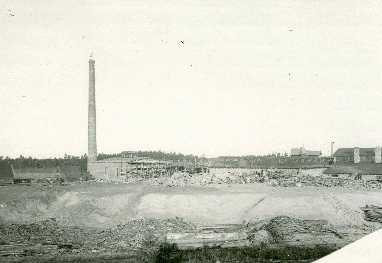 15. Вид стекольного завода