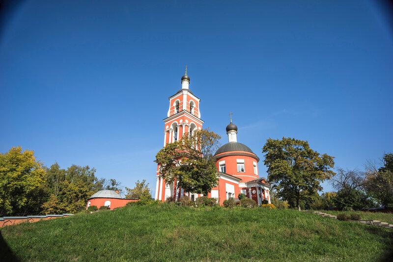 Петропавловская церковь в Петровском - тестовый кадр - фокусное 18 мм - Sony A7R - Sony 10-18