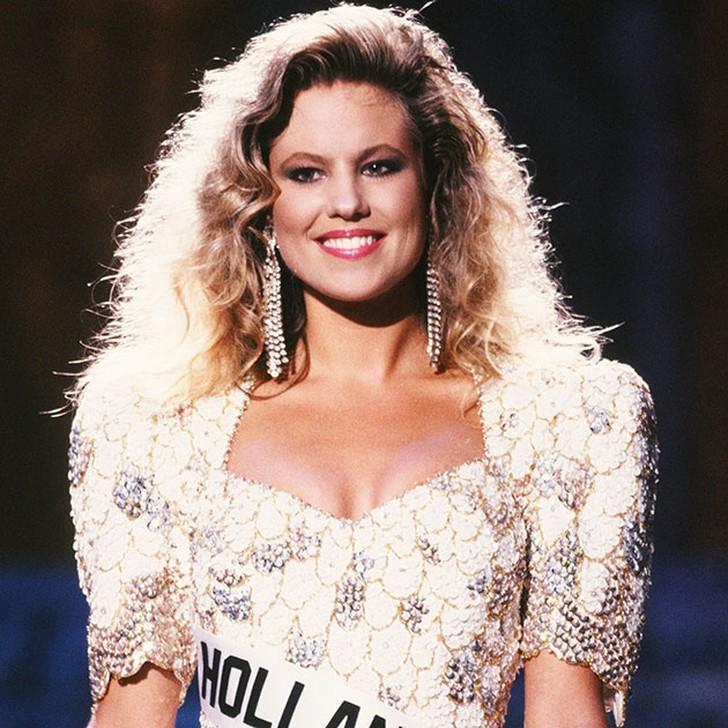 Ангела Виссер, Нидерланды. «Мисс Вселенная — 1989». 22 года, рост 175 см, параметры фигуры 90?62