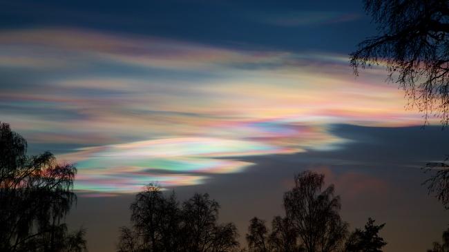 © Remi Longva/flickr  Еще одно явление, вызванное преломлением солнечных лучей. Возникают таки
