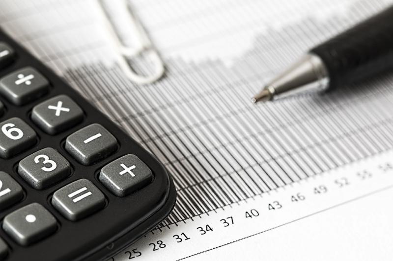Минстрой изменит требования кбанкам для размещения спецсчетов накапремонт