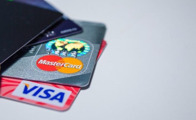 Кибермошенники загод похитили сбанковских карт россиян 650 млн рублей