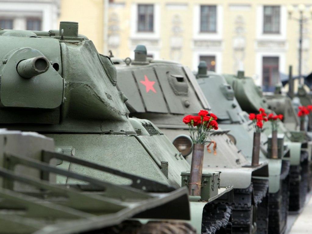 20170803_10-40-Парад-экспозиция военной техники пройдет на Дворцовой площади-pic2