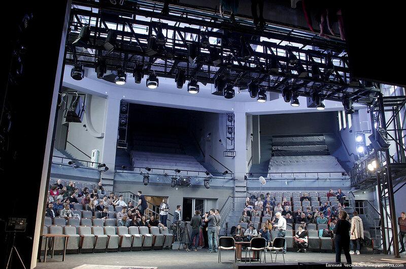 Театр Виктюка. 06.09.07.01..jpg