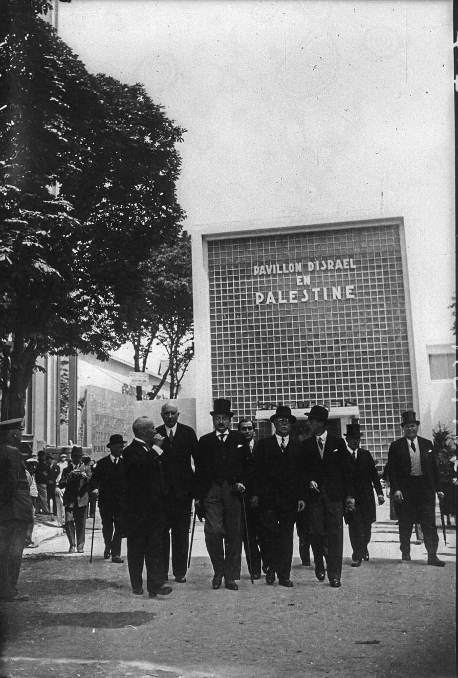 Торжественное открытие павильона Израиля-Палестины. В центре Поль Бастид и Леон Блюм. 23 мая 1937