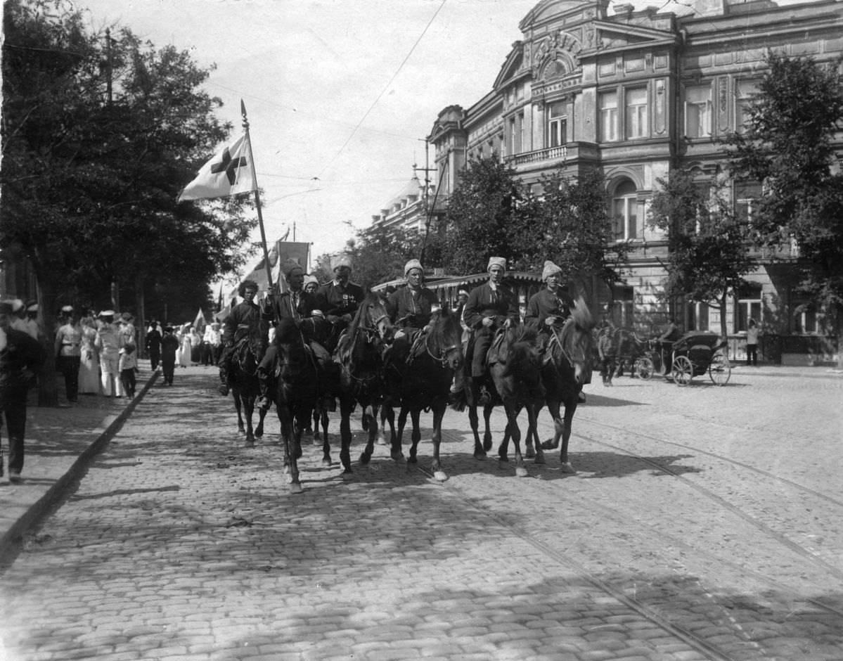 1919. Конница Врангеля в Севастополе
