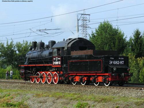 паровоз Эу-699-74 _380