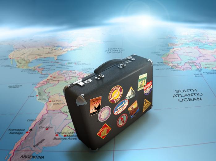 День туриста. Чемодан на карте мира