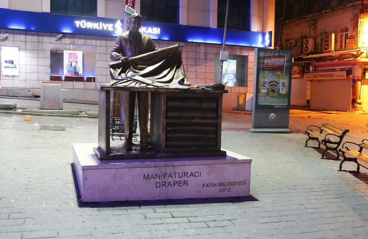 Istanbul. Monument to a Draper