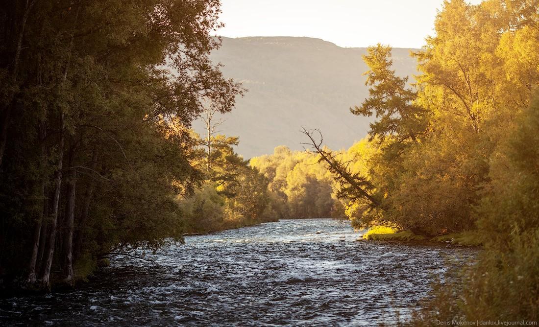9. Окрестности поселка Эссо, река Быстрая.