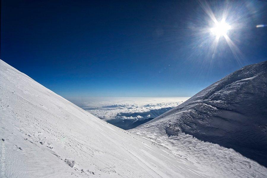 Над облаками. Высота примерно 5250 метров: