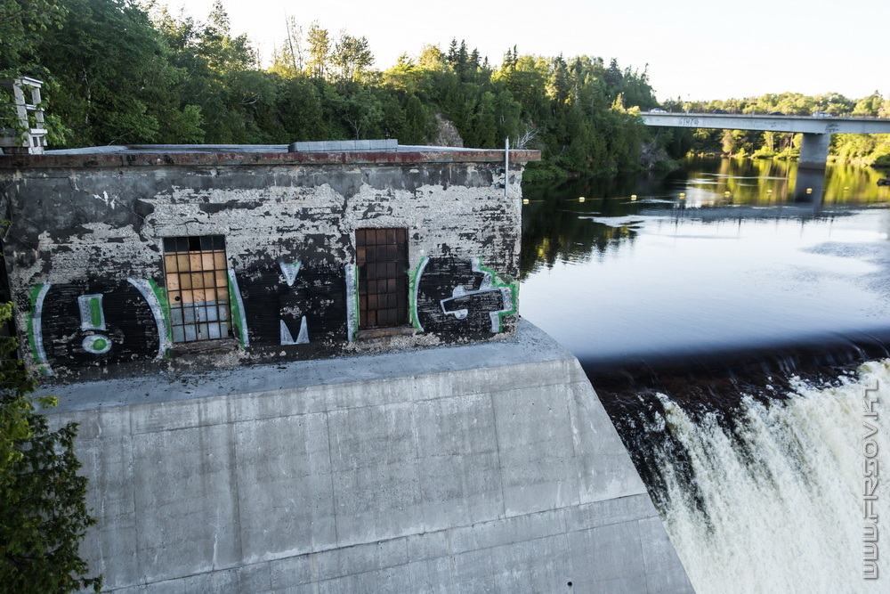 Montmorency Falls (37).jpg